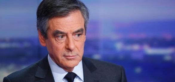 Francois Fillon plateau de television