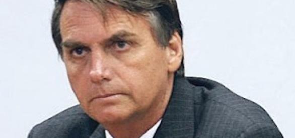 Jair Bolsonaro critica Movimento Sem Terra