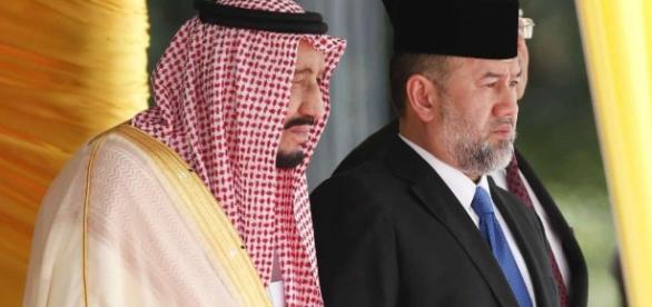 Before Indonesia, Saudi King Salman was at Malaysia for start of Asia tour. / Photo from 'San Francisco Chronicle' - sfchronicle.com