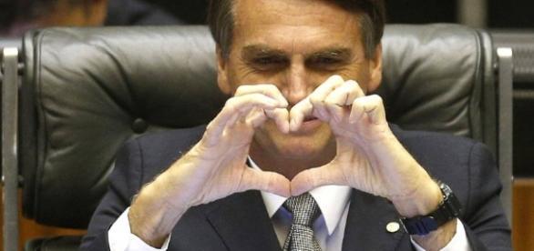 Bolsonaro tem recebido apoio do público feminino