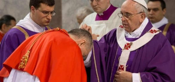 Images from Ash Wednesday, the first day of Lent – The Eye - pjstar.com