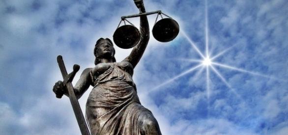 """Justitia """" ** Das Weltweite """" SYMBOL"""" für Gerechtigkeit Foto ... - fotocommunity.de"""