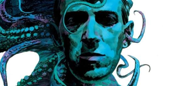 Lovecraft abrazado por los tentáculos de su mas famosa creación.