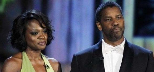 Viola Davis e Denzel Washington durante premiação na cidade de Nova York