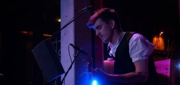 Der Irische Singer/Songwriter John Dunne bei den Sunday Sessions in München (Photo & Copyright by:Munich Sessions)