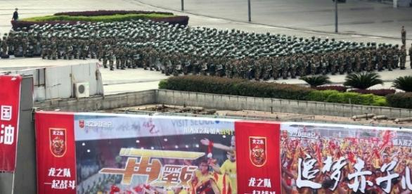 Extreme security: 10.000 police agents deployed to contain 30.000 fans in China