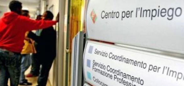 Il Centro per lImpiego torna ad Aversa: venerdì lapertura - noicaserta.it