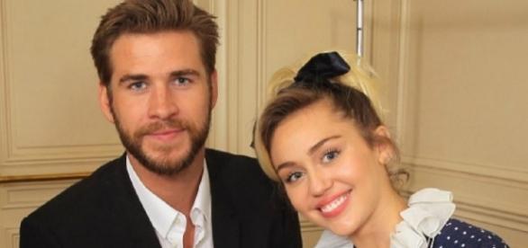 Liam Hemsworth com Miley Cyrus