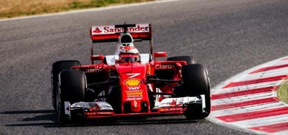 Test Montmelò - Un run di verifiche per Kimi   Scuderia Ferrari - ferrari.com