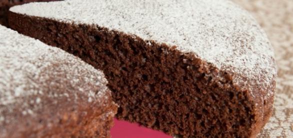 torta soffice all'acqua e cacao - giallozafferano.it