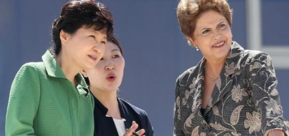 A presidente da Coreia do Sul e a ex-presidente Dilma