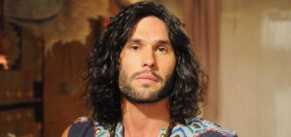 """Dudu Azevedo interpretará Asher, um dos protagonistas da novela """"O Rico e Lázaro"""""""