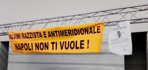 Proteste per l'arrivo di Salvini, salta l'evento a Napoli. Il ... - lastampa.it