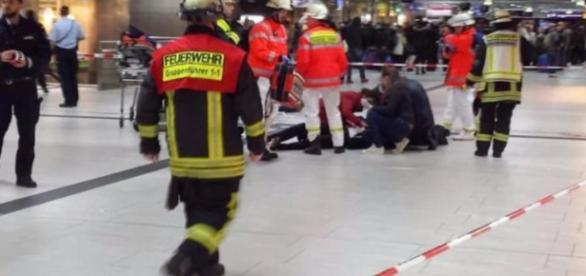 Amok-Alarm in Düsseldorf - Axt-Angriff am Hauptbahnhof ... - bild.de