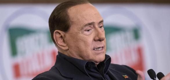Da Silvio Berlusconi l'invito all'unità del centrodestra ma anche proposte politiche meno europeiste