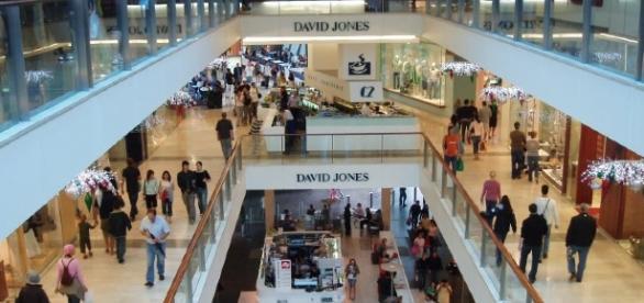 Datei:Shopping-mall.jpg – Wikipedia - wikipedia.org