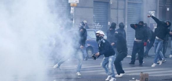 Guerra a Napoli contro Salvini: ecco la città oggi