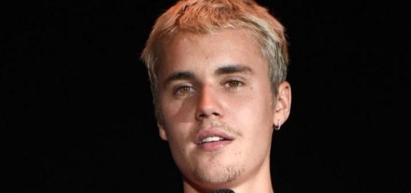 Justin Bieber está novamente no centro da polêmica