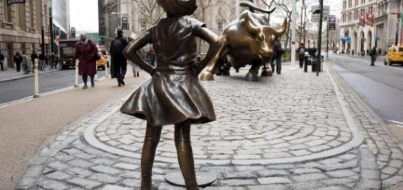 "The ""Fearless Girl"" statue FAIR USE 680news.com Creative Commons"