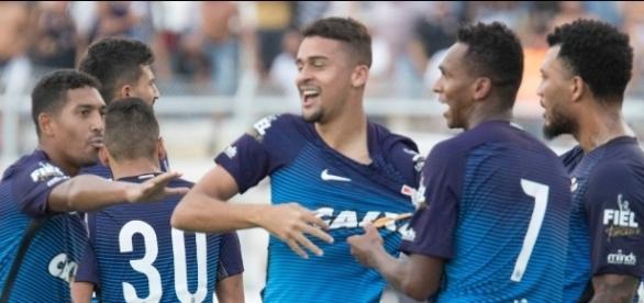 Léo Santos entrou no segundo tempo para impedir a derrota. Imagem. (foto: Daniel Augusto Jr./Agência Corinthians)