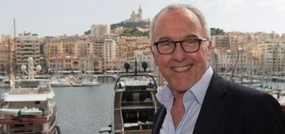 OM: L'énorme décision de Frank McCourt!
