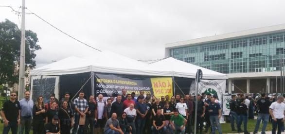 Trabalhadores protestam contra a reforma da Previdência