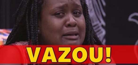 Roberta chora ao estar no paredão