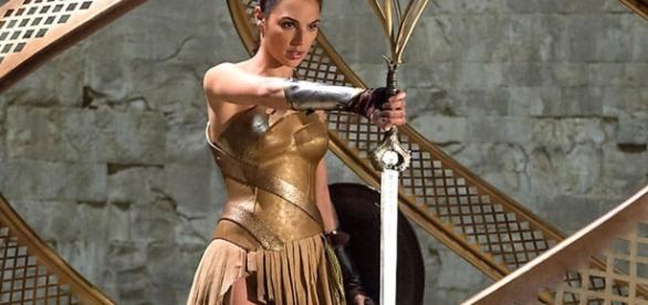 Wonder Woman (2017) - movieweb.com