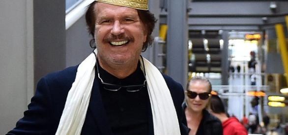 Bigote Arrocet llega a Madrid muy sonriente de Tánger con su ... - bekia.es
