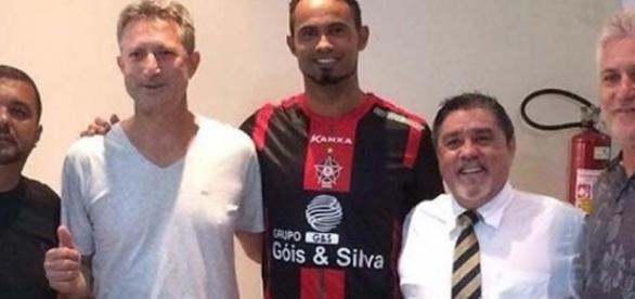 Goleiro Bruno fecha com o Boa Esporte por duas temporadas