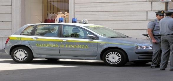 Campania, 69 arresti: coinvolti politici, imprenditori e professori.