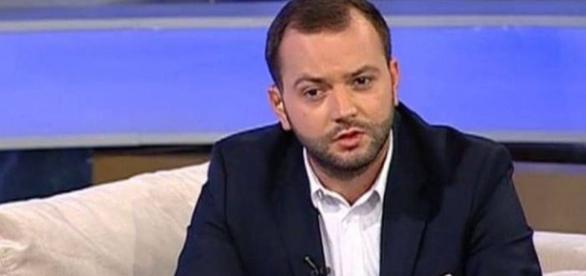 """Mihai Morar, îmbrâncit de Nick Rădoi, în direct la tv. """"Pleacă de ... - libertatea.ro"""
