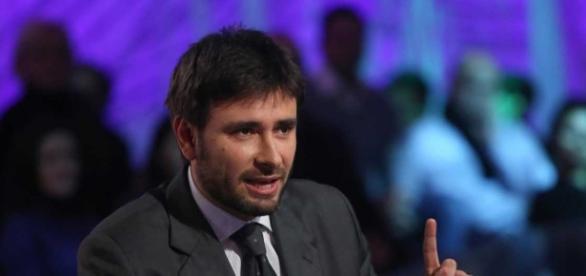 Riforma pensioni, intervista a Di Battista: cambiare la legge Fornero - foto beppegrillo.it