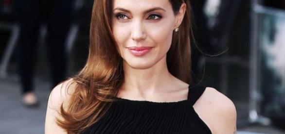 Angelina Jolie será professora em curso de mestrado - Emais - Estadão - com.br