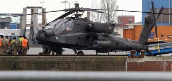 Apache helicópteros para o Exército estão entre os itens na lista de desejos para o Departamento de Defesa dos EUA