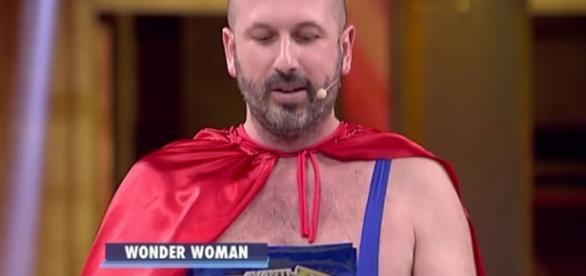 Avanti un altro 2017: chi è Checco Lione, il supereroe pugliese ... - ascoltitv.it