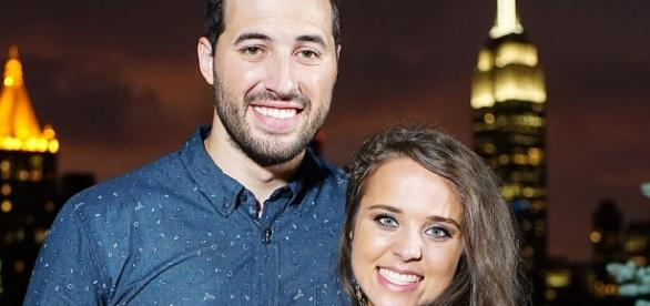 Jinger Duggar and Jeremy Vuolo photo via BN library