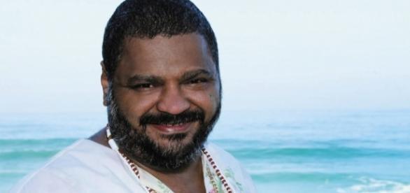 Arlindo Cruz é um conhecido cantor e compositor no Brasil