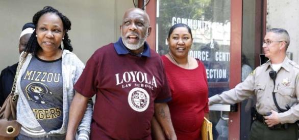 Man exonerated for LA murder walks free after 32 years - San ... - mysanantonio.com
