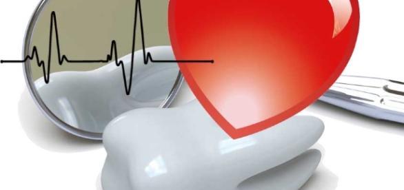 Rischio cardiovascolare triplicato con 6 denti che presentano placca dentaria - implantologiaavanzata.it