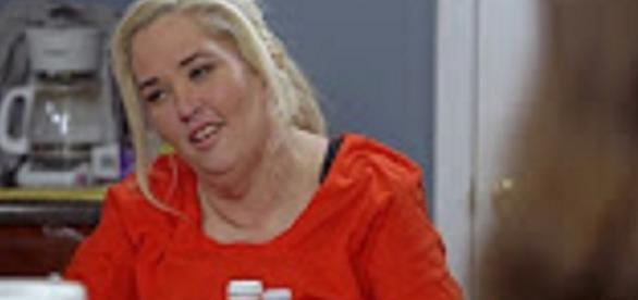 Source: Youtube WEtv. Jennifer Lamb stuffs Honey Boo Boo full of sweets to spite Mama June on weight loss