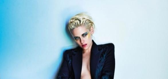 Kristen Stewart pose pour V Magazine