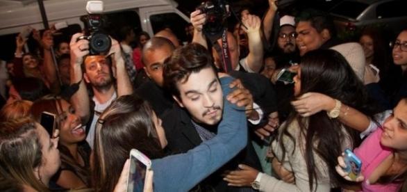 Luan Santana é adorado por milhões de fãs
