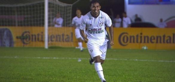 Sornoza, com dois gols, foi o destaque da classificação do Fluminense na Copa do Brasil (Foto: Sportv/Globoesporte)