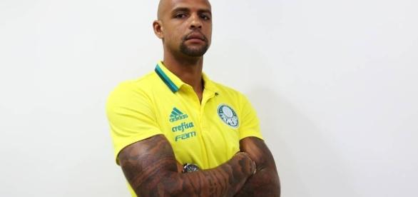 Felipe Melo marco gol pelo Palmeirtas