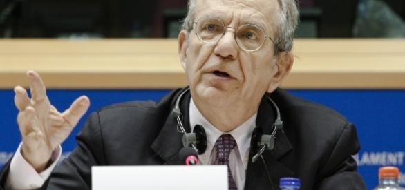 Riforma Pensioni, rinviato il vertice governo-sindacati, Padoan all'Eurogruppo, ultime news oggi 20 marzo 2017