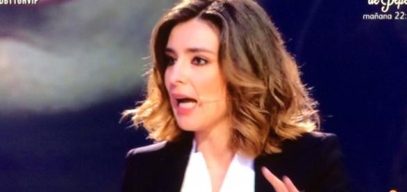 Sandra Barneda en uno de los debates de GH VIP