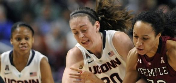 UCONN women's basketball in pursuit of 2017 NCAA championship- courantblogs.com