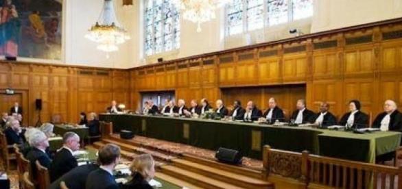 Kievul a dat Moscova în judecată la Curtea Internațională de la Haga