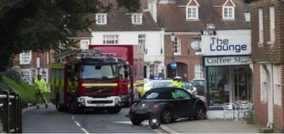 Mulher foi atropelada por um carro